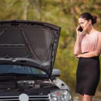 Woman's Vehicle breaks down.jpg.crdownload